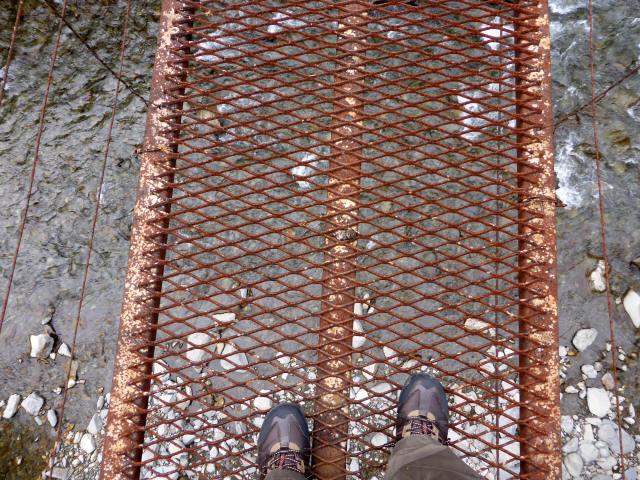 南川の吊橋3k