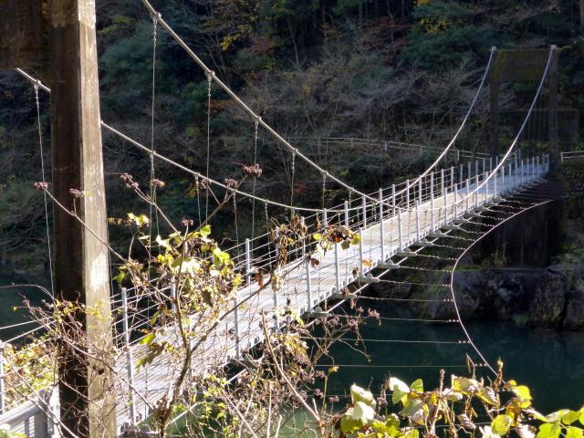 三ツ渕の吊橋2