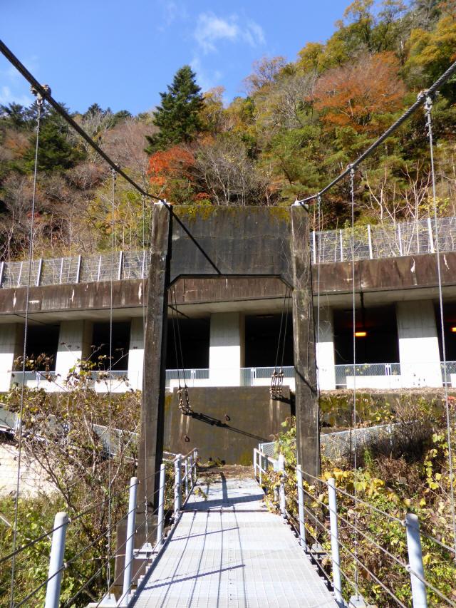 三ツ渕の吊橋0