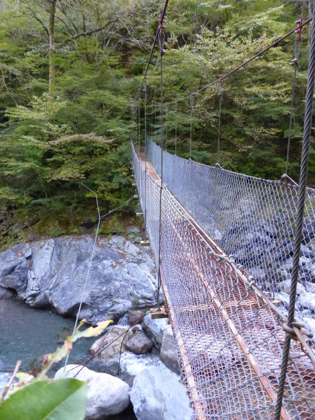 にくぶち滝の吊橋7