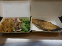 自助餐の料理160405