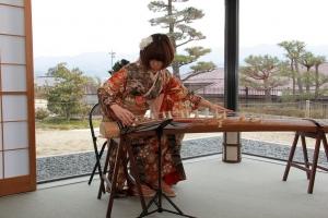 4-10お箏生演奏