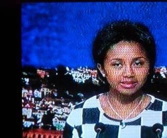 マダガスカルのTVアナウンサー丸顔