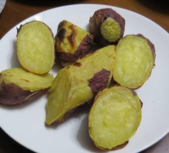 ベニハルカ蒸かしイモの焼きイモ