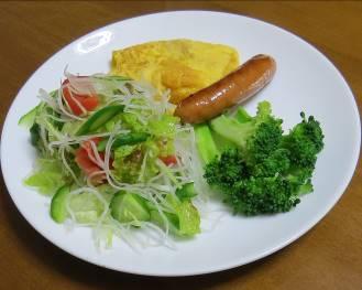 ブロッコリー生野菜サラダ