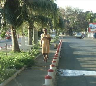 バオバオの木のある通りマジュンガ