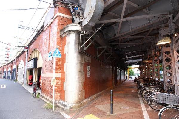 151004_150327_黒門町橋高架橋1200