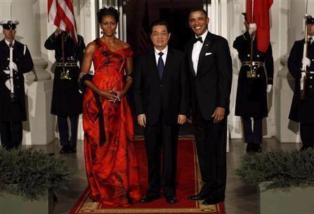 2015-11-30胡錦濤の無礼な服装2011