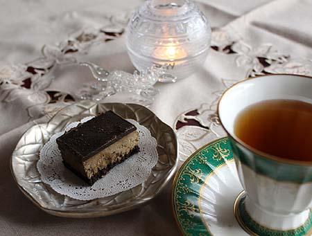 ほうじ茶チョコレ-トケ-キ&ディンブラ