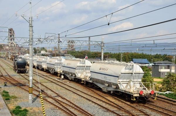 東藤原に入線する501レ(2015年10月30日)