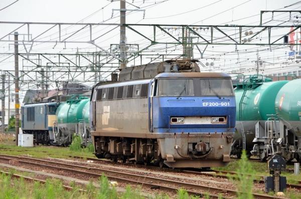 西浜松で休むEF200-901(2013年6月23日)