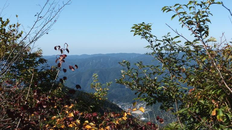 大鈴山頂上からの風景 麓の和市
