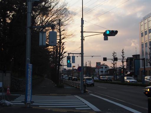 20160321・墓参りと桜4-22・ようやく霊園