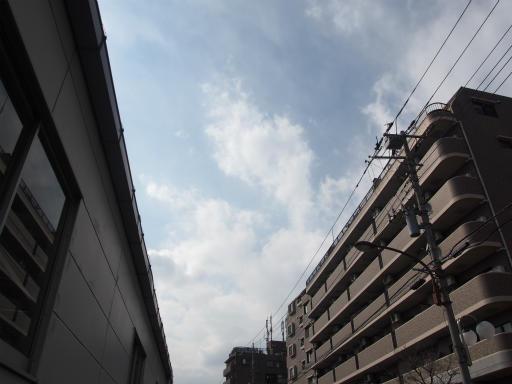 20160321・墓参りと桜空01・是政駅