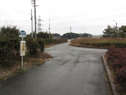 一里山バス停