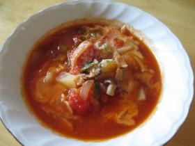 トマトとタマネギのスープ