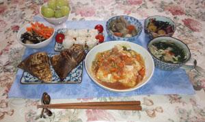 晩御飯 粽・ロールキャベツ・酢物・スープ お土産シューマイ