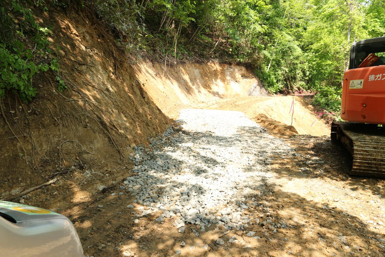 砂利で補修20150529状況
