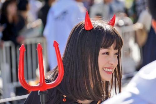 橋本環奈、ハロウィンのコスプレが可愛すぎる!www4