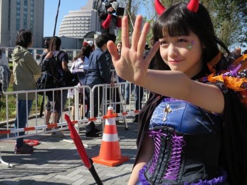橋本環奈、ハロウィンのコスプレが可愛すぎる!www9
