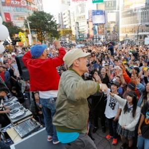 「SEALDs(シールズ)」バカの集会に、終わってるポップスグループ「スチャダラパー」登場www