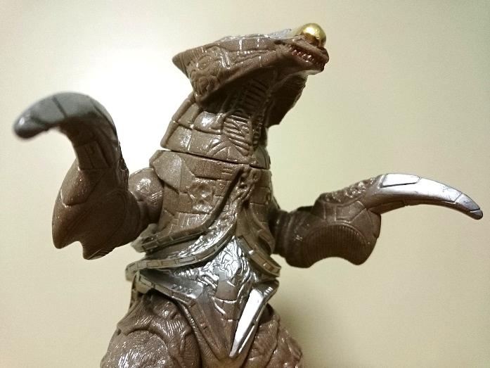 ウルトラマンティガ怪獣ソフビ リガトロン3