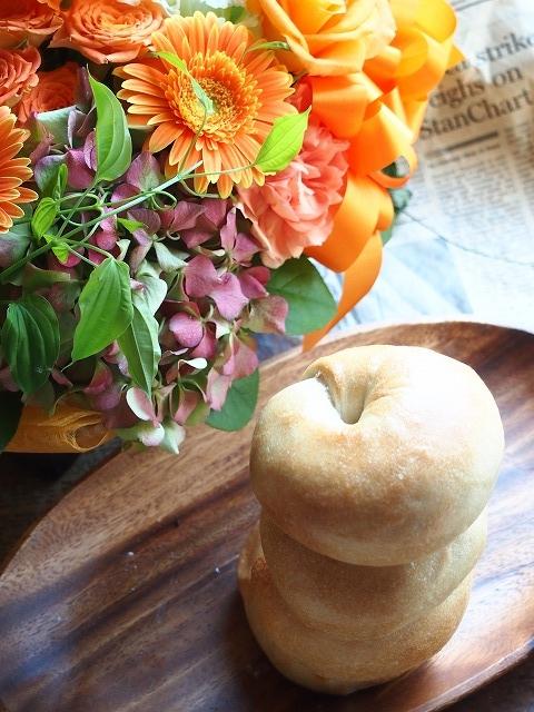 チーズベーグル&お花5