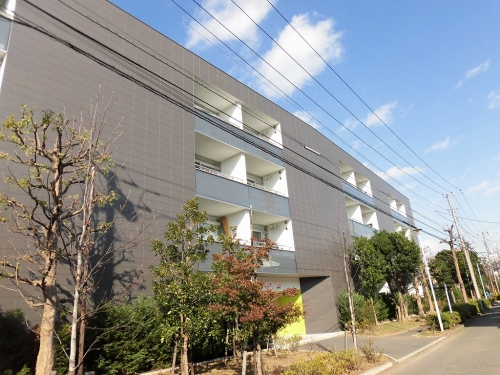 TRE PONTI 新川崎 (2)