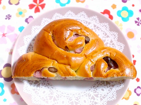 春の桜あんと狭山茶のパン02@神戸屋