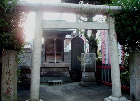 PA18040南ルート三本木稲荷神社