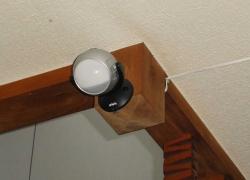 玄関にセンサーライト-1