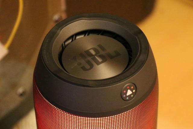 JBL_Pulse2_09.jpg