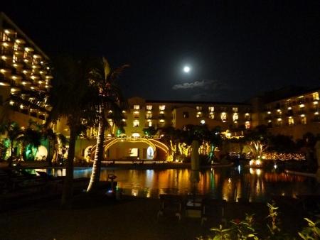 ホテル月1