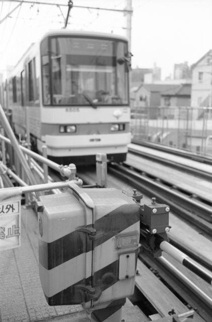 GoStraight-Rail07b