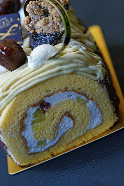 巻きケーキ