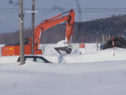 20160310_排水路除雪始まる
