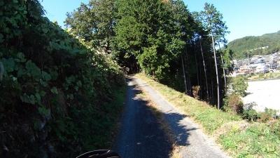 阿智公園への道