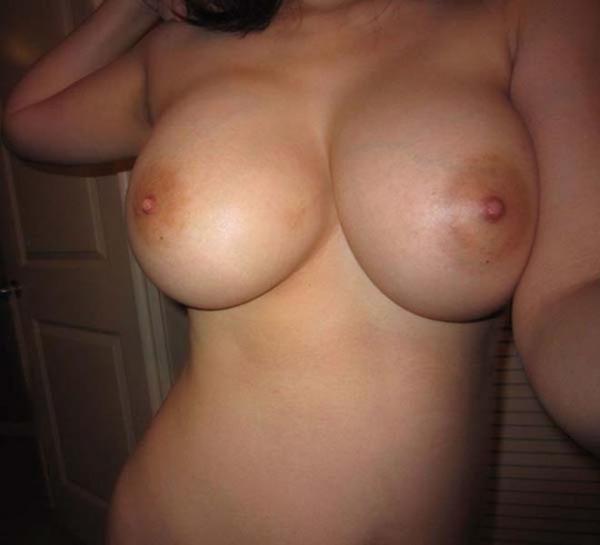 デカい乳輪画像 1