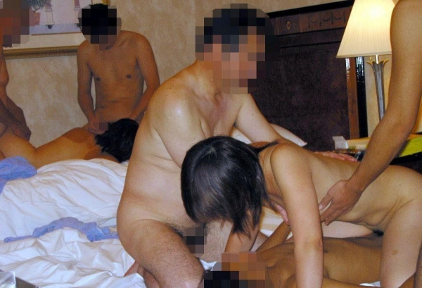 乱交セックス画像 11
