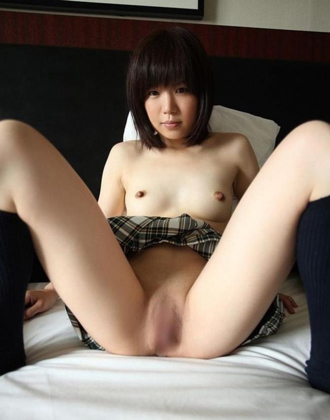 パイパンのM字開脚画像 25