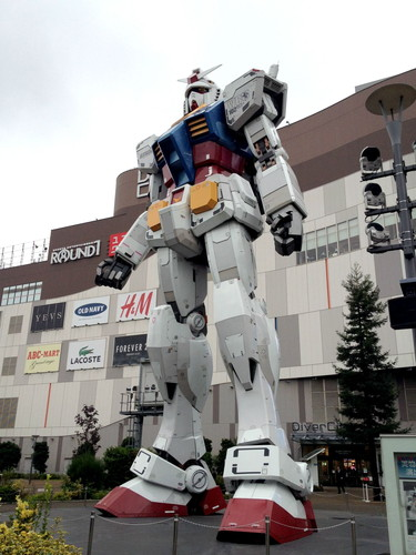 The Gundam statue in Odaiba, Tokyo