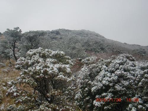 004 黒岩山へ