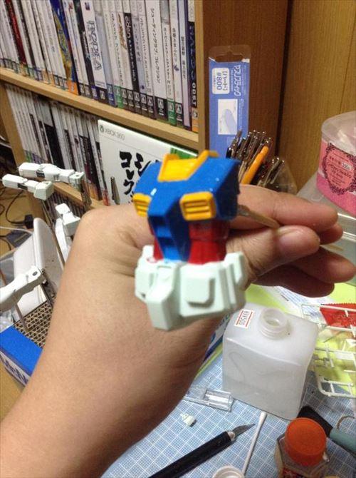 300円ガンプラボディー3_R