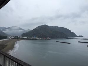 17翌朝(雨)