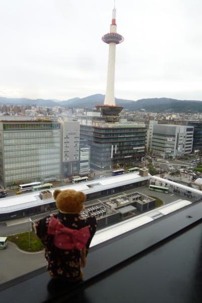 ベァーと京都タワー