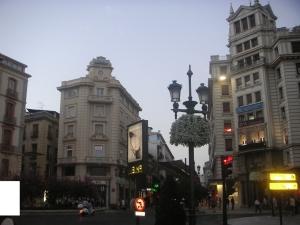 モザイク付グラナダ中央広場