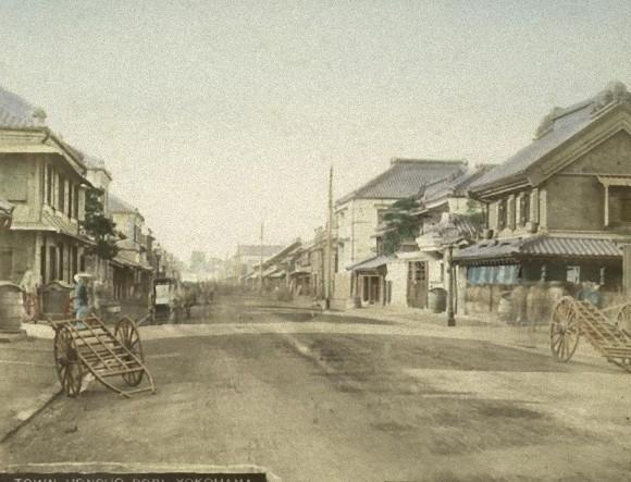 横浜 本町