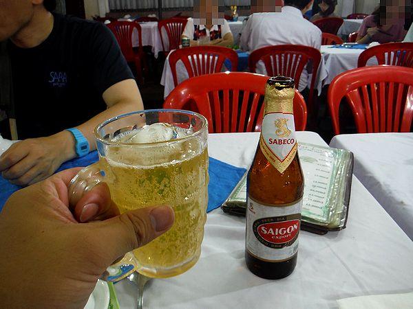サイゴンビールで乾杯