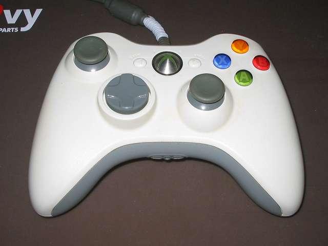 Xbox 360 コントローラー (ホワイト) 黄ばみ取り作業 黄ばんでいる Xbox 360 コントローラー (ホワイト)