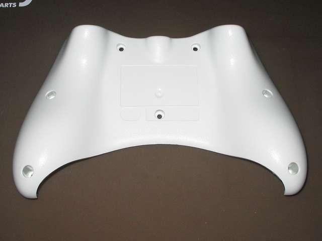 Xbox 360 コントローラー (ホワイト) 黄ばみ取りが完了したプラスチックカバー裏面